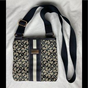 Tommy Hilfiger Crossbody Bags